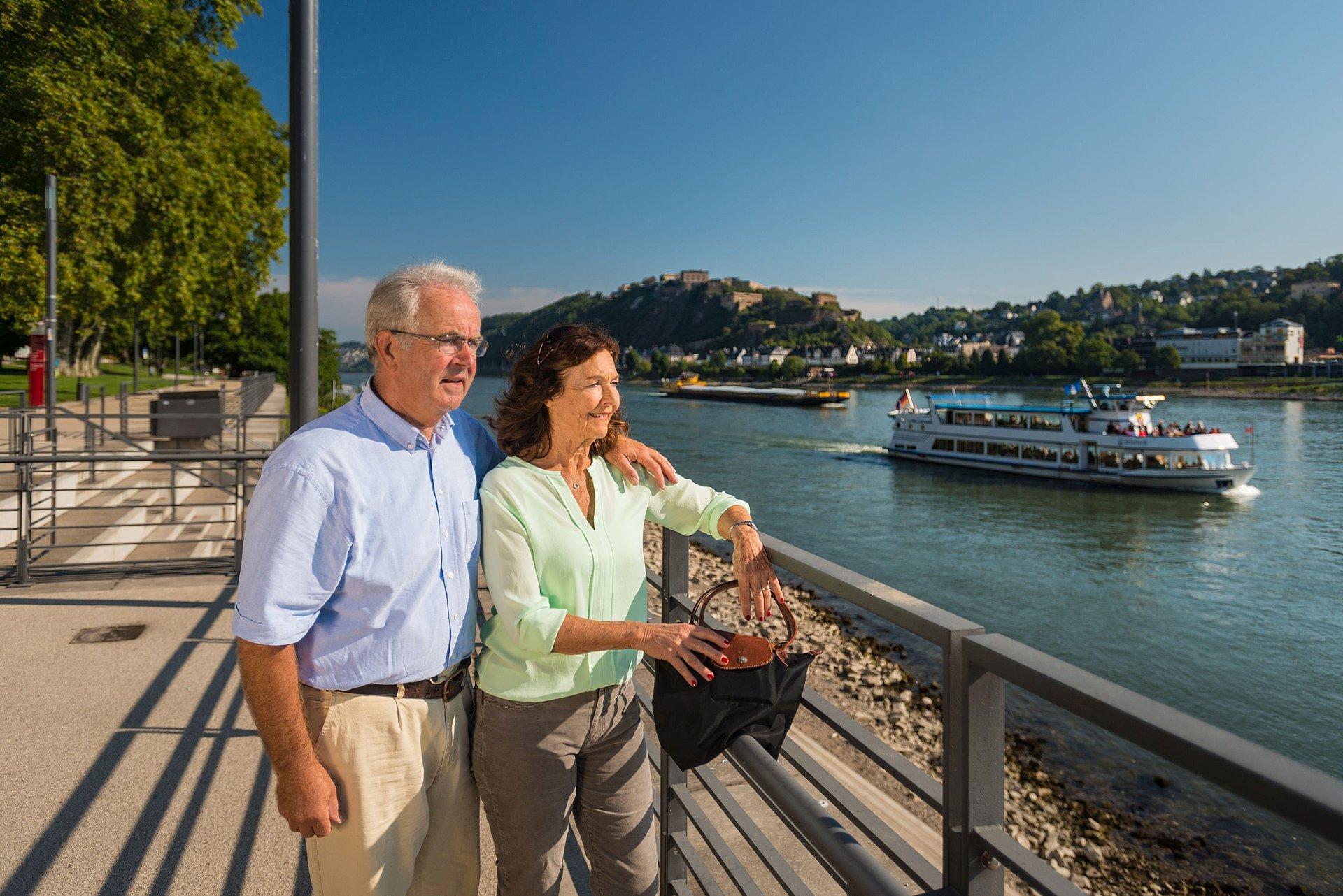 Rheinufer in Koblenz, Romantischer Rhein