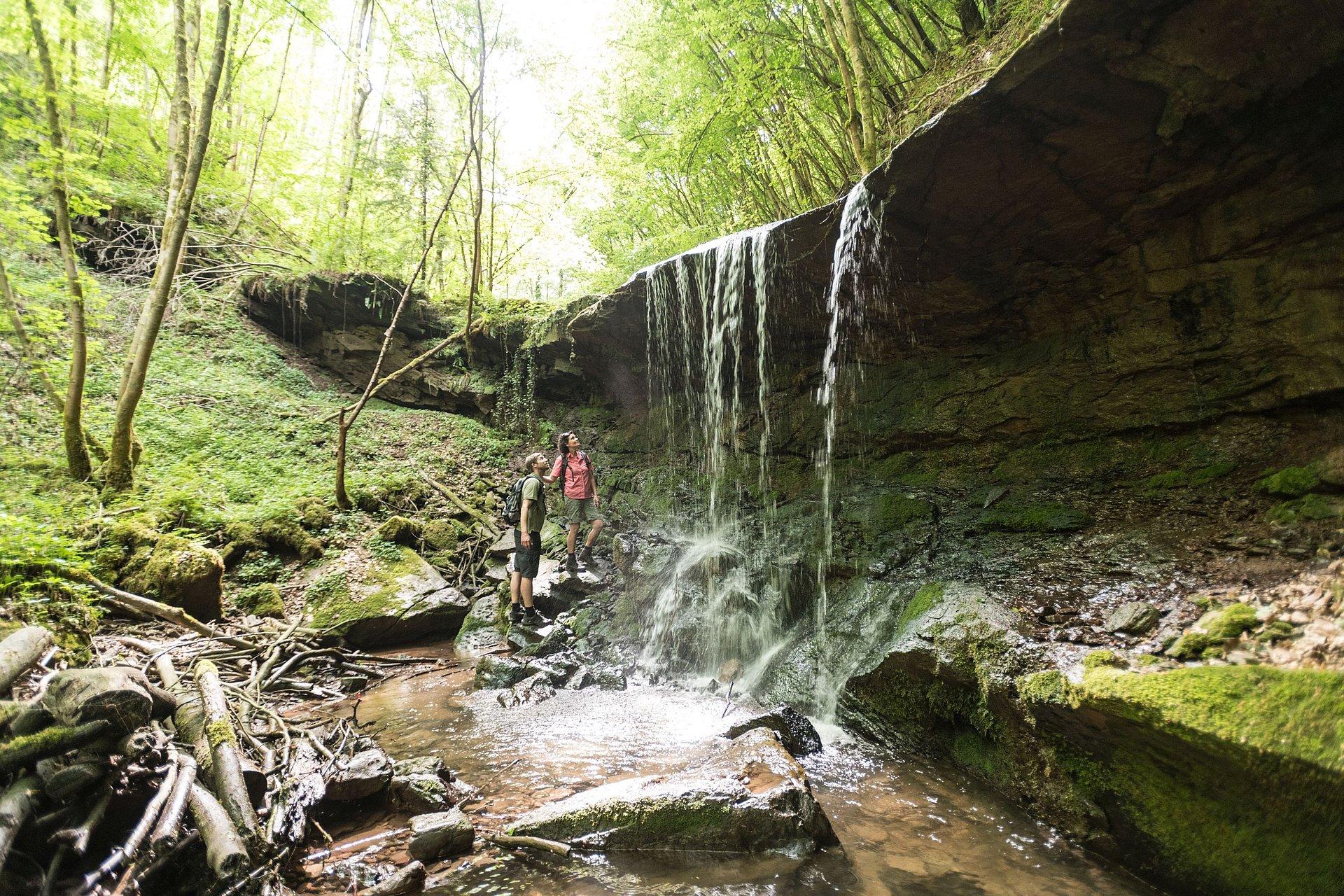 Waterval aan het Eifelsteigpad bij Kordel, Eifel