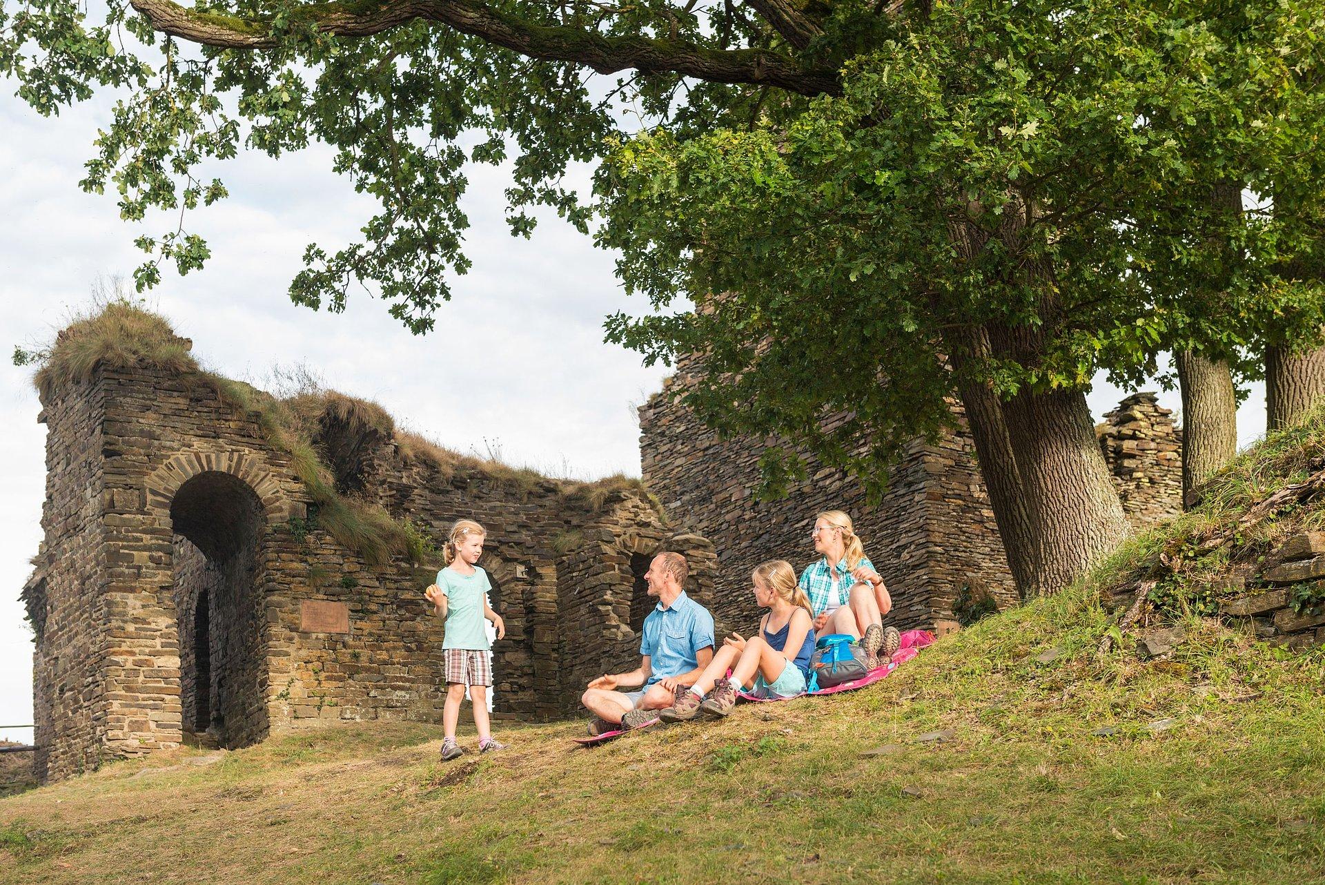 Rast bei einem Ausflug zur Burg Are bei Altenahr, Ahrtal