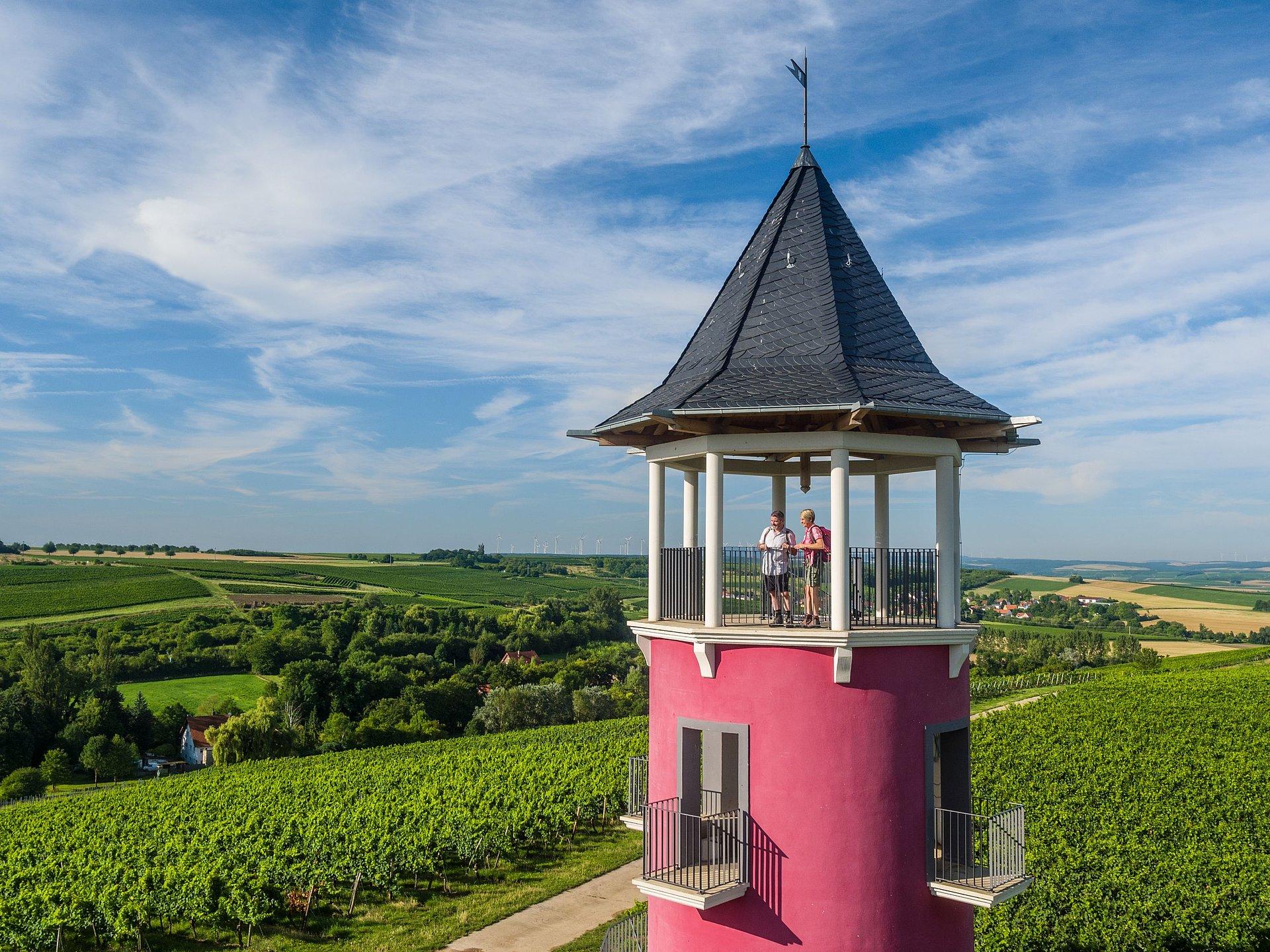 Aussicht vom Weinbergsturm auf der Hiwweltour Neuborn, Rheinhessen