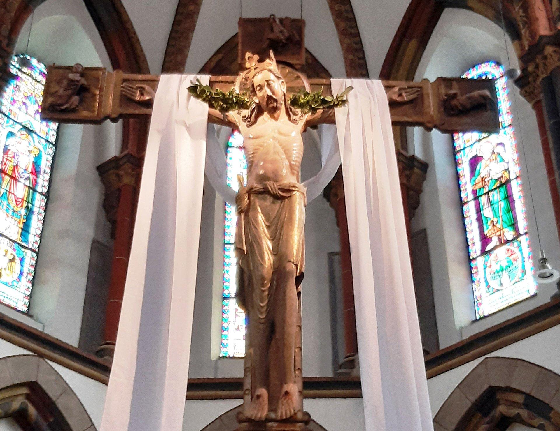 La croix triomphale de l'église Saint-Séverin, Rhin romantique