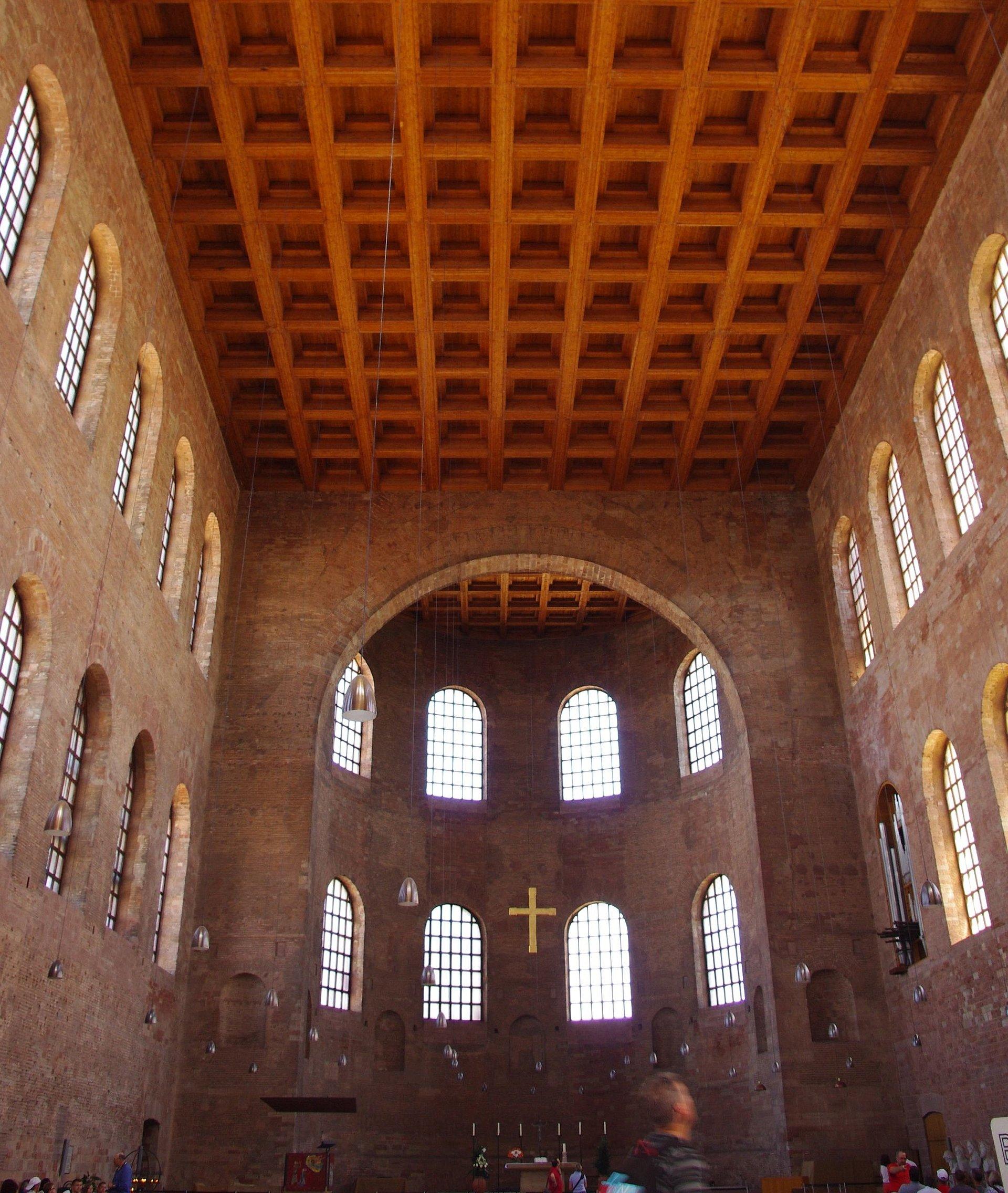Konstantin-Basilika in Trier, Mosel