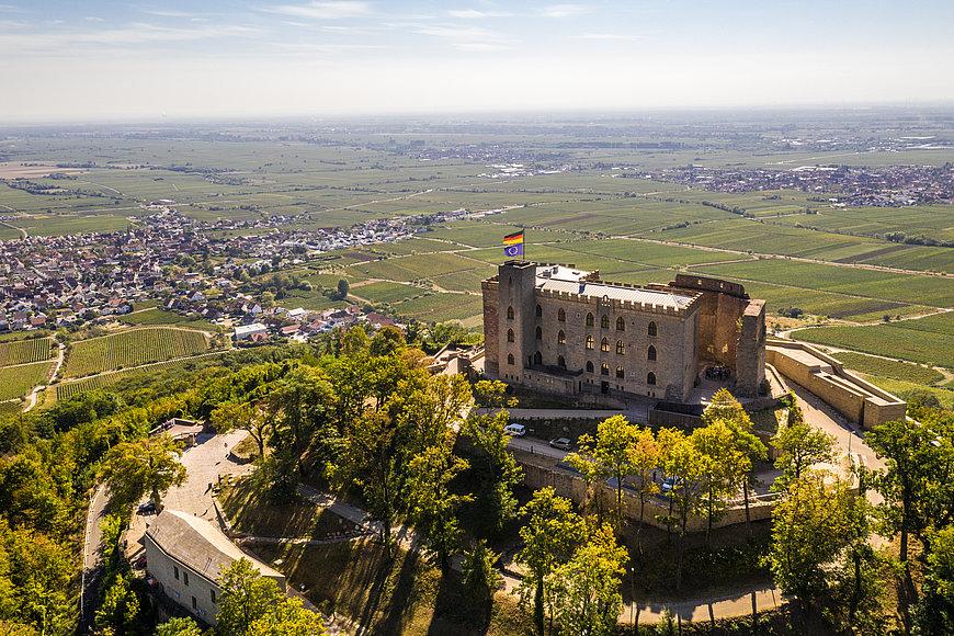 Hambacher Schloss bei Neustadt an der Weinstraße, Pfalz
