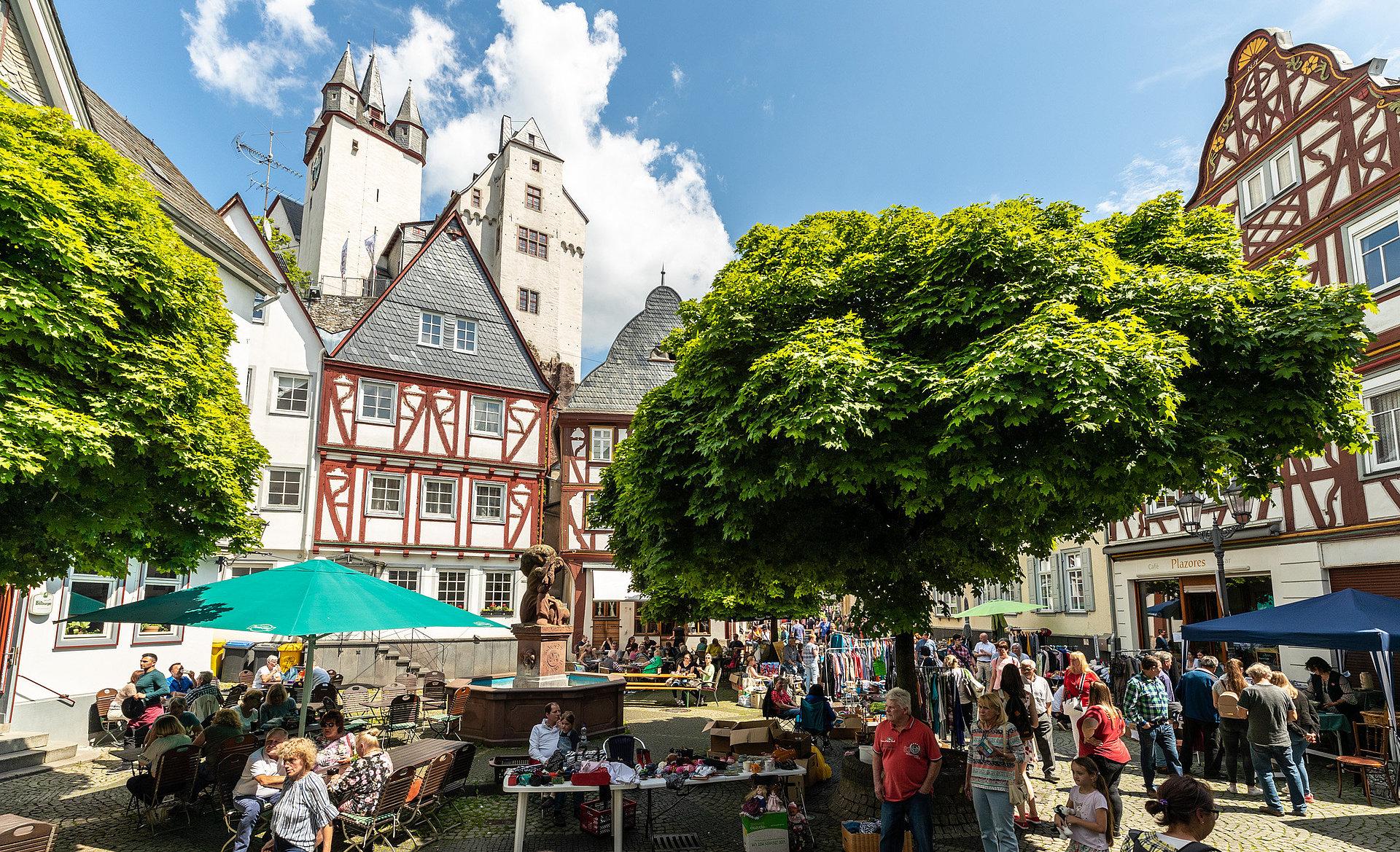 Flohmarkt in der Diezer Altstadt, Lahntal