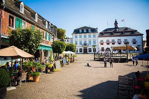 Historique place de marché de Linz, Rhin romantique
