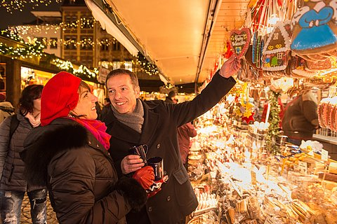 Gemütlicher Bummel auf dem Mainzer Weihnachtsmarkt, Rheinhessen