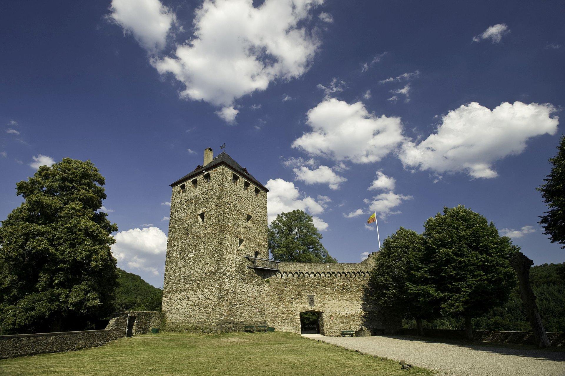 Burg Sayn im Kulturpark Sayn, Romantischer Rhein