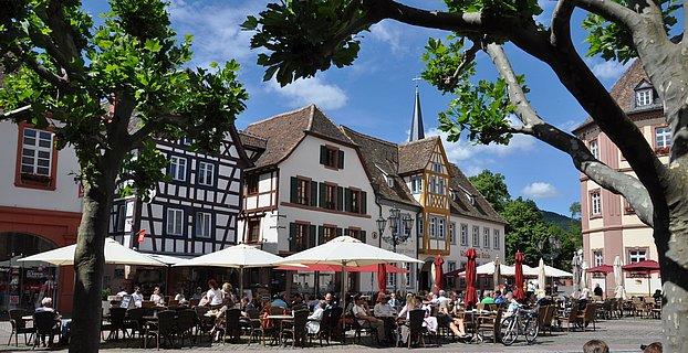 Marktplatz in Neustadt an der Weinstraße, Pfalz