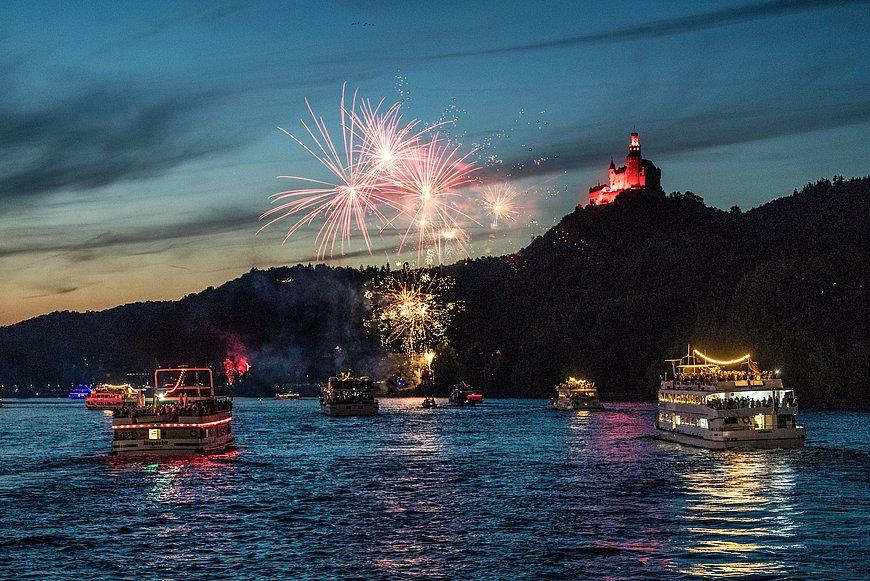 Feuerwerk bei der Marksburg zu Rhein in Flammen, Romantischer Rhein
