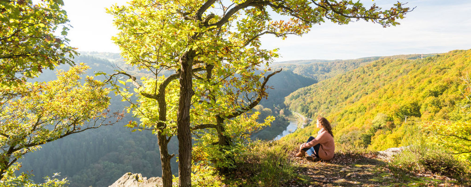 Relaxation at the Wolfsley viewpoint with excellent views of the Lahn valley, Lahn valley