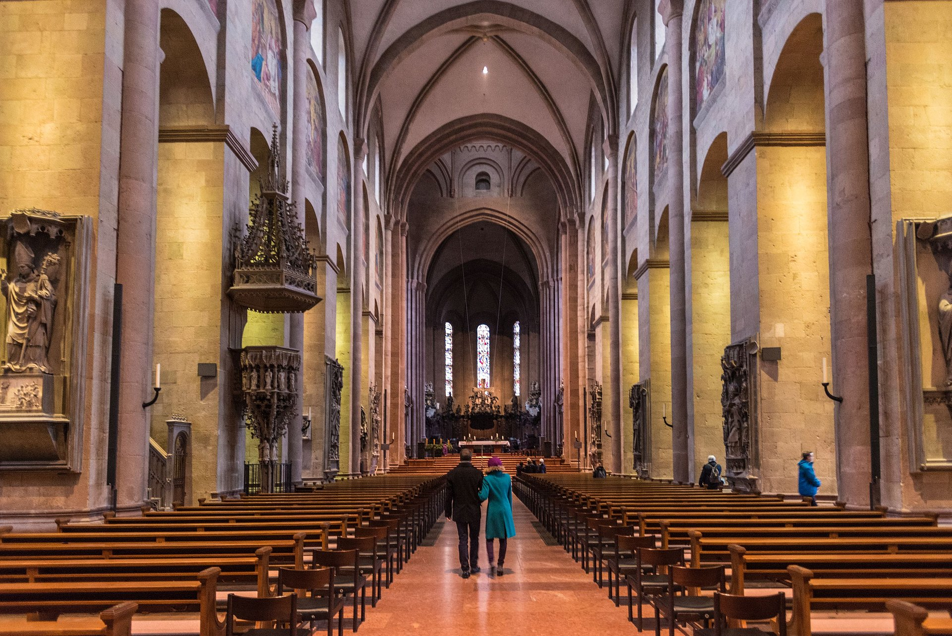 Interior of the cathedral in Mainz, Rhine-Hesse