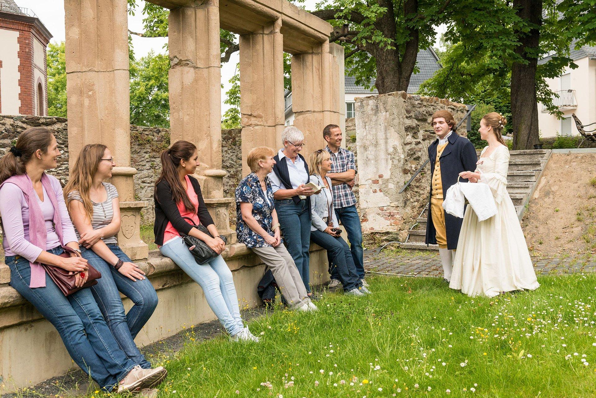 Führung mit Johann Wolfgang von Goethe und Charlotte Buff in Wetzlar, Lahntal