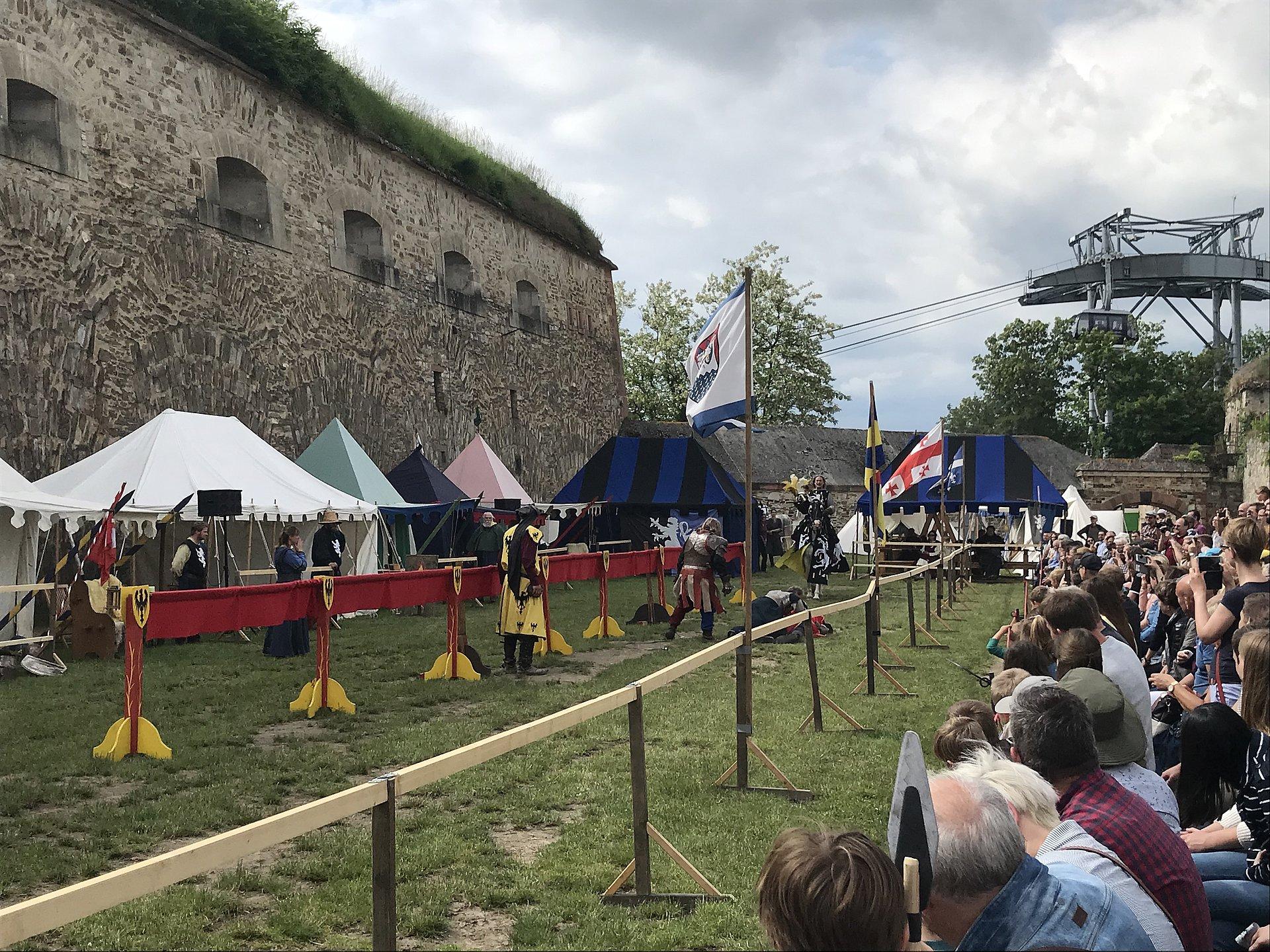 Ritterspiele bei den Historienspielen auf der Festung Ehrenbreitstein Koblenz, Romantischer Rhein