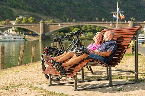 Pause auf dem Mosel-Radweg bei Cochem