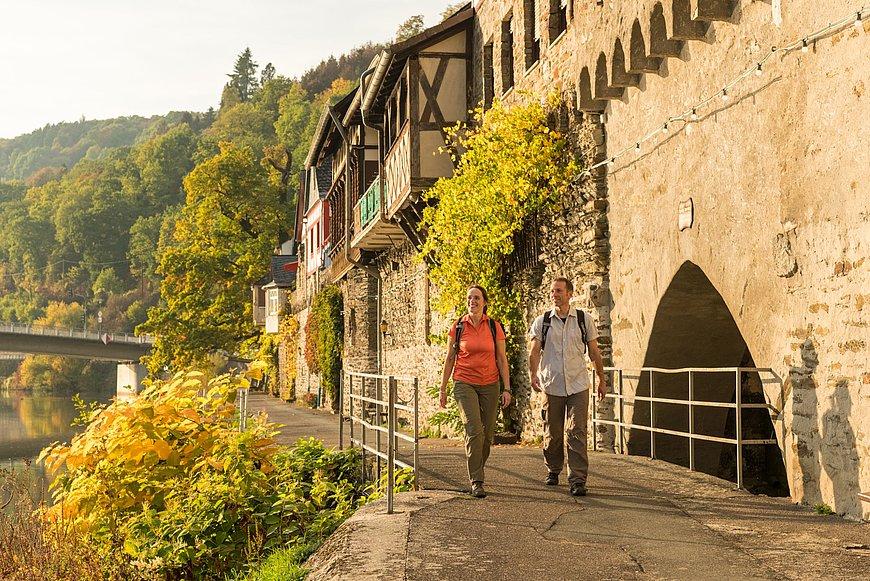 Wanderung auf den Brückenrundweg bei Dausenau, Lahntal