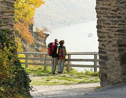 Ausblick von Burg Sterrenberg auf das Mittelrheintal, Romantischen Rhein