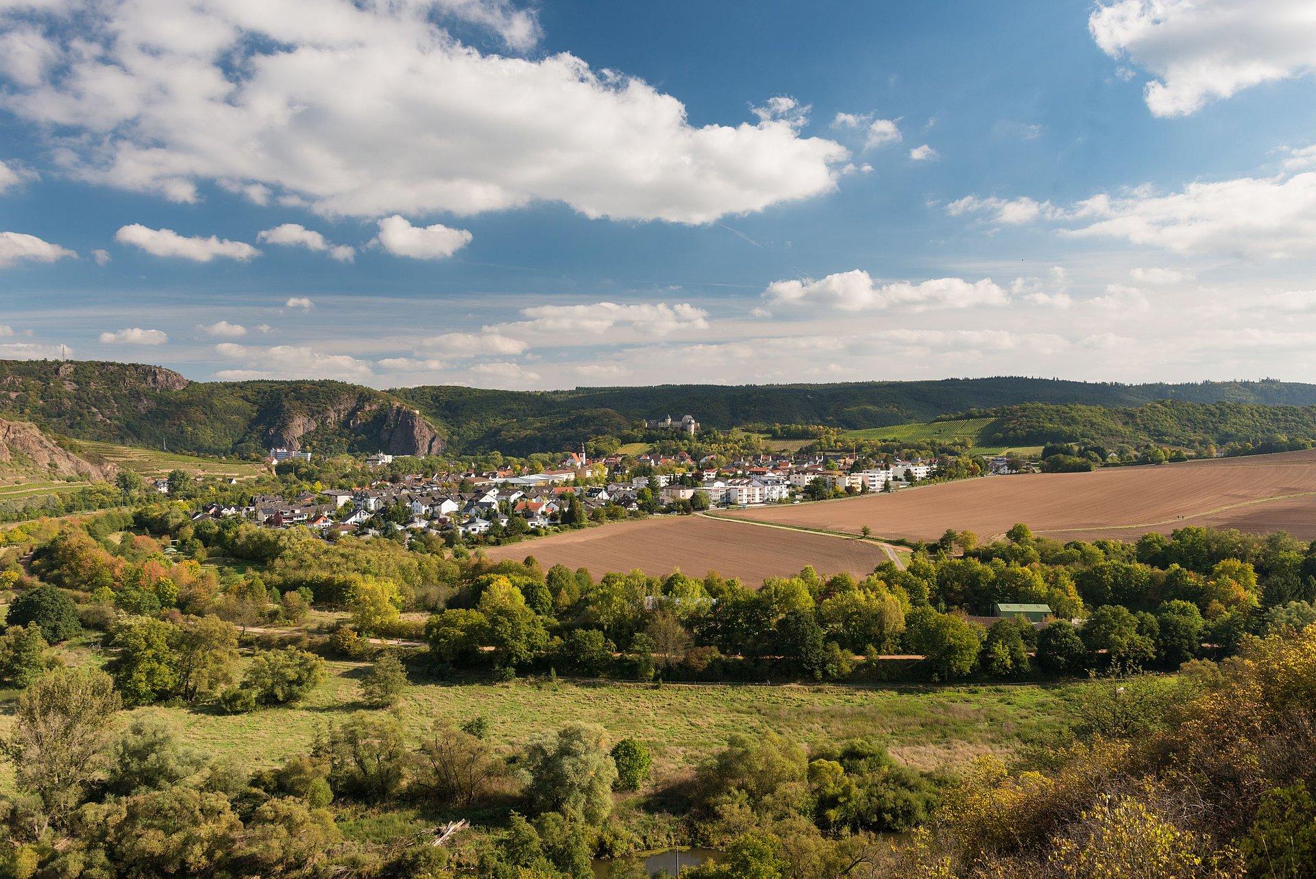 Blick auf Bad Münster am Stein-Ebernburg bei Bad Kreuznach, Nahe