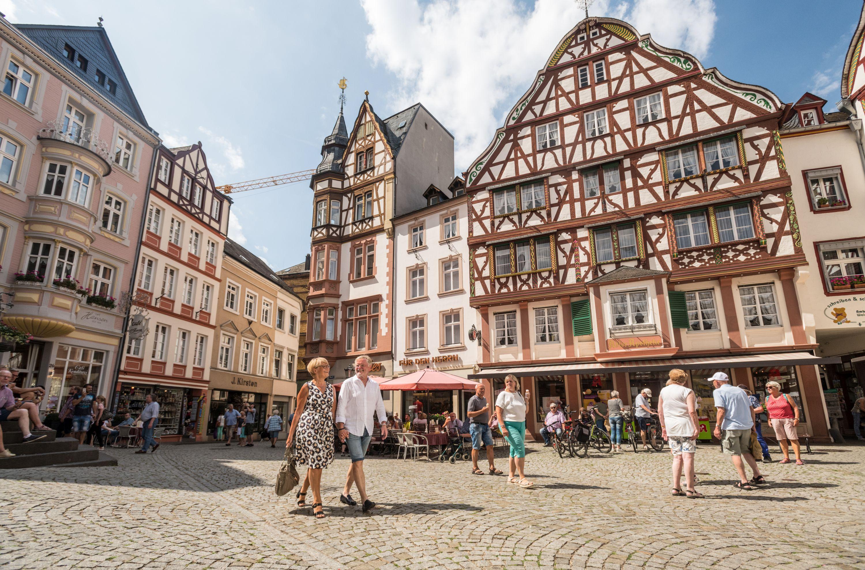 Historische marktplein van Bernkastel-Kues, Moezel-regio