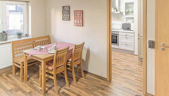 Ferienwohnung Mira - Essbereich/Küche