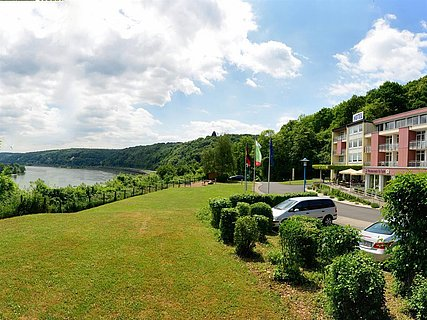 Aussicht auf den Rhein und Unkel