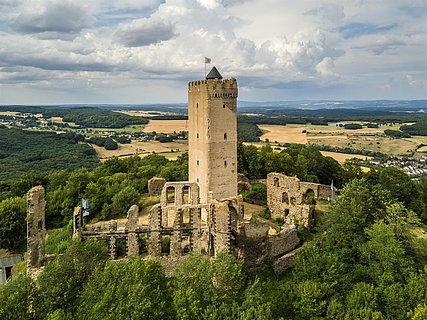 Blick auf Burg Olbrück