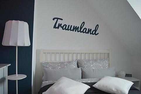 Traumland_Schlafzimmer1_deskline