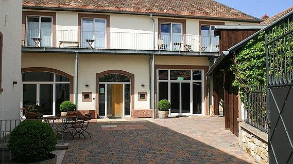 Gästehaus Rieslinghof**** und Event