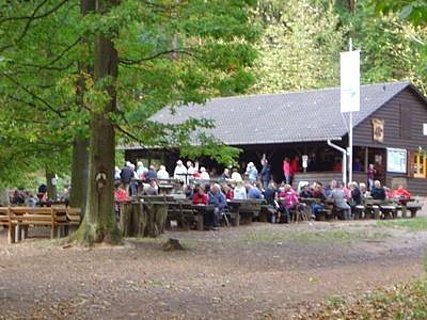 Pfälzerwaldvereinhütte am Ungeheuersee