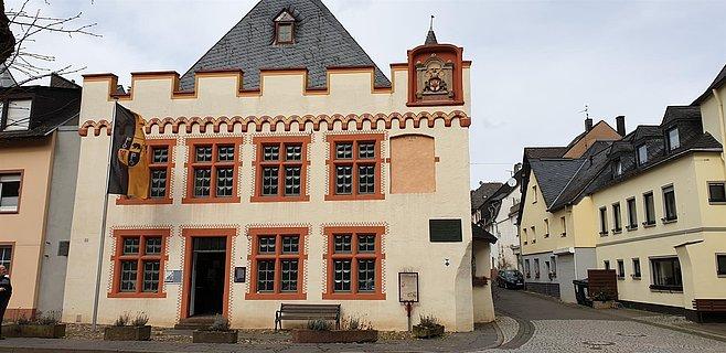 Cusanus Geburtshaus Außenfassade