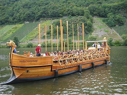 Römerweinschiff auf der Mosel