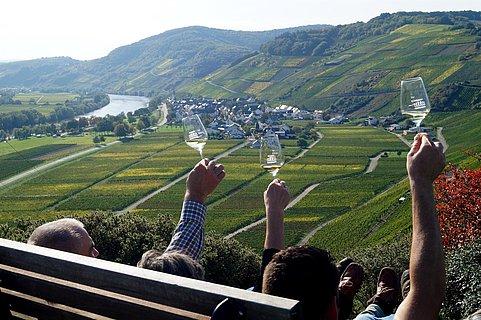 Blick auf das Weindorf Kesten