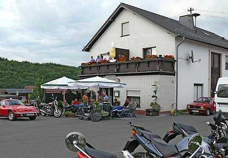 Gasthaus-Pension-Lebensmittel Eifelschenke
