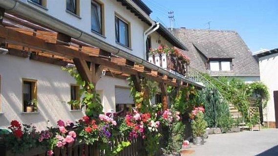Gasthaus Tannengrün Außenansicht
