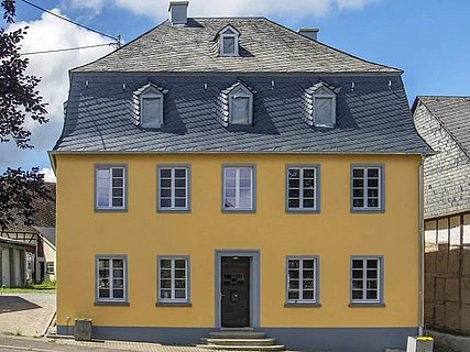 Das gelbe Ferienhaus