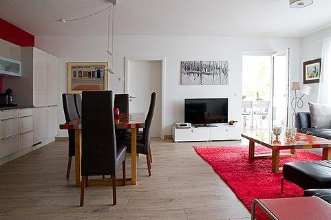 Küche, Esszimmer, Wohnzimmer, geringe Auflösung