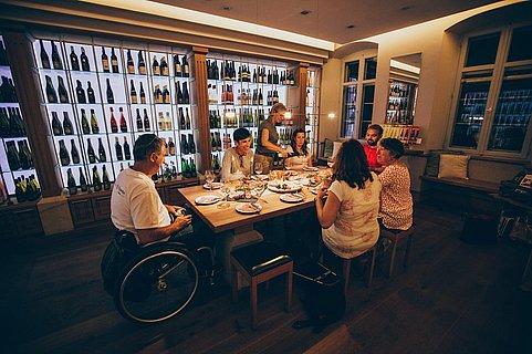 Barrierefrei in der Weinkammer