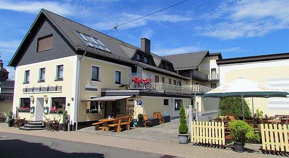 Hotel-Restaurant Hüllen in Barweiler