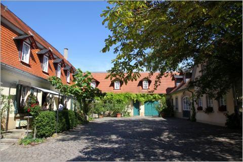 Altes Landhaus - Hofansicht
